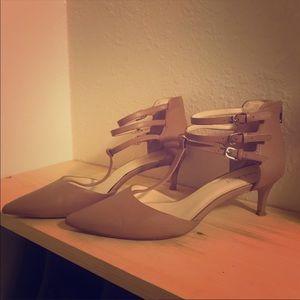 Very cute Nine West heels
